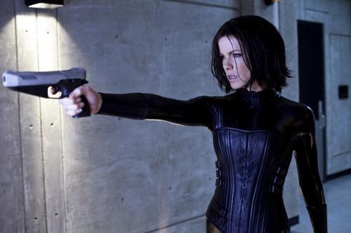 Kate Beckinsale, mint Selene ismét fegyvert ragad