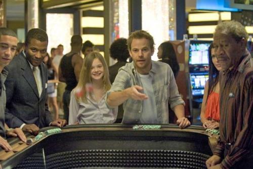 Apa és lánya együtt kaszinóznak