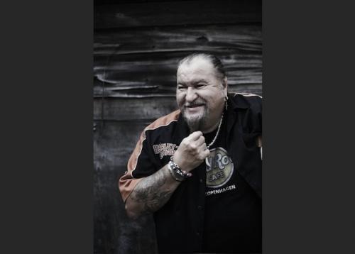 Deák Bill Gyula, ének