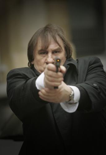Lőj!!! Gerard Depardieu: Copyright: Best Hollywood