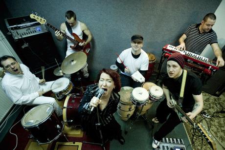 Erik Sumo, együttes