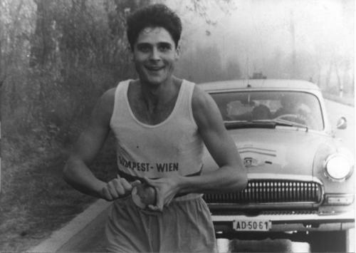 Gazdag Gyula: Hosszú futásodra mindig számíthatunk, 1968 (részlet)