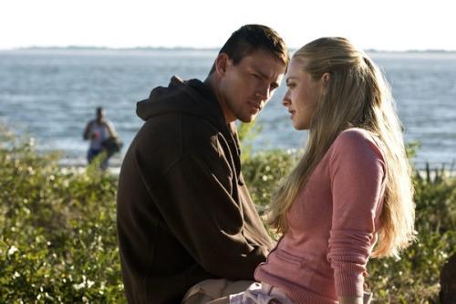 Amanda Seyfried és Channing Tatum a Kedves John! c. filmben