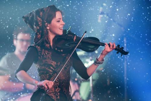 Lindsey Stirling, hegedű