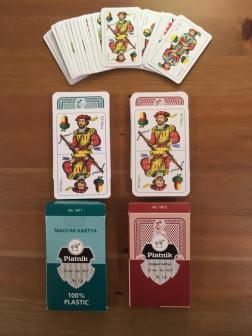 Magyar kártyapaklik, plasztikban és miniben is kaphatók
