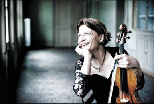 Antje Weithaas (concertobudapest.hu)