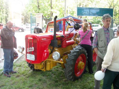 veteran_traktor01.jpg